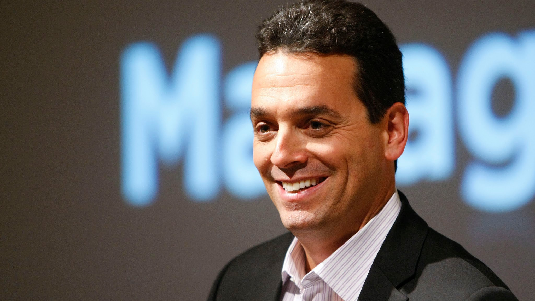 Daniel H Pink Persuade Others With The Right Questions