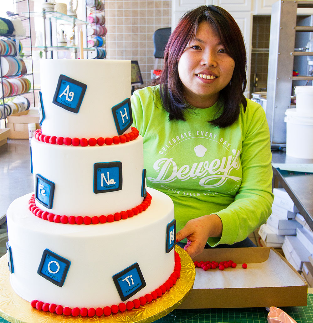 Bakery Spotlight: Star Troutman, Cake Decorator - Scott Livengoo