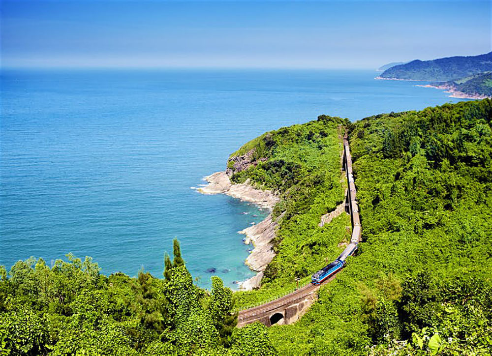 10 of the world's most amazing train journeys - Scott Livengood