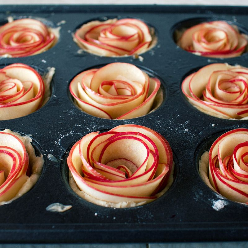 How to make Baked Apple Roses like the folks at Dewey's Bakery - Scott Livengood